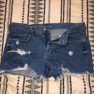 Old Navy cut-off jean shorts